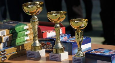 """С """"Лъвски скок"""" младите спортисти от училището за шампиони в Добрич почетоха Апостола на Свободата"""